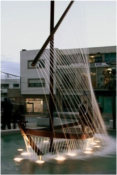 Amazing Sculptural Boat Fountain in Spain!!