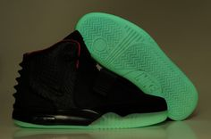 new concept db16a 70378 2013 Onine Nike Air Yeezy 2 Homme pas cher commercial Noir - €68.00    Chaussures