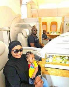 Flamboyant Nigerian Mompha Flies Himself And Family First Class To India Shows Flight Tickets Startup Quotes, Entrepreneur Quotes, Business Entrepreneur, Best Business Quotes, Flying First Class, Wife And Kids, Family First, Business Inspiration, Start Up Business