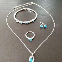 Conjunto Azuzena – Novias Low Cost Silver, Jewelry, Fashion, Metals, Brides, Tent, Rings, Bangle Bracelets, Wedding