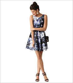 QUIZ Women Black & Blue Floral Print Fit & Flare Dress