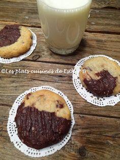 Les plats cuisinés de Esther B: Biscuits au gruau marbrés aux brisures de chocolat...