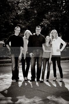 nice posing for family with older children