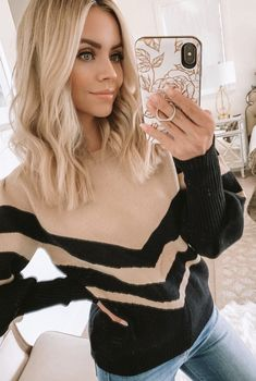 Details: Boat neckline Puff sleeves with ribbed cuff V stripe pattern Pullover R Medium Length Blonde, Medium Blonde Hair, Brown Blonde Hair, Dark Hair, Fall Blonde Hair Color, Blonde Hair With Highlights, Medium Hair Styles, Curly Hair Styles, Blonde Haircuts