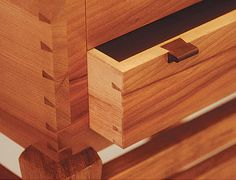 dovetailed table & stand