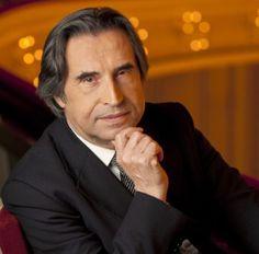 Riccardo Muti: la vita e la carriera del Maestro che ha conquistato il mondo