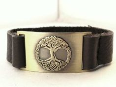 Tree of Life Bracelet, Leather, Adjustable - http://www.wonderfulworldofjewelry.com/jewelry/bracelets/cuff/tree-of-life-bracelet-leather-adjustable-com/ - Your First Choice for Jewelry and Jewellery Accessories