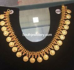 Antique Necklace latest jewelry designs - Page 13 of 331 - Indian Jewellery Designs Gold Earrings Designs, Gold Jewellery Design, Necklace Designs, Gold Jewelry, Gold Designs, Jewelery, Choker Jewelry, Designer Jewellery, Latest Jewellery