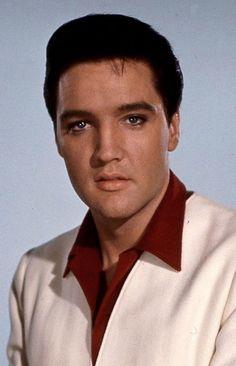 Elvis Presley (LARGE PIC)