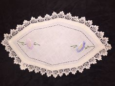 Vintage Hand Crocheted Doily Embroidered Corn Flower Lace Edge Oblong 15 x 9 1/2