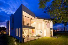 Arquitectura. Casa BLS. Por: Robles Arquitectura. Costa Rica.