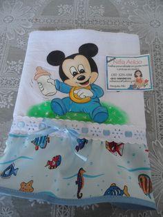Mickey bebê