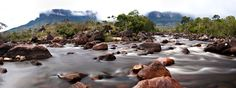 Río Kukenán, na rota para o Monte Roraima. Gran Sabana, Venezuela.  Fotografia: Sojon no Flickr.