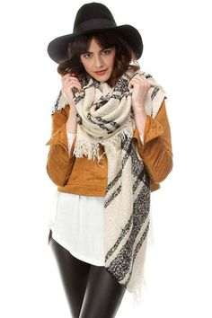 Oversized Plaid Blanket Scarf - Beige/Red, Ivory/Black, Black/Ivory, Red/Green or Gray/Pink Plaid Blanket Scarf, Fall Scarves, Womens Scarves, Red Green, Soft Fabrics, Scarf Wrap, Beige, Gray, Ivory