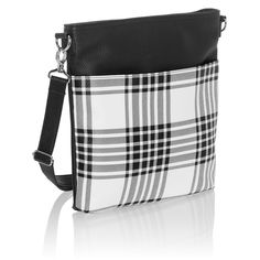 Buffalo Check Pebble - Organizing Shoulder Bag Ltd. - Thirty-One Gifts - Affordable Purses, Totes & Bag - For Her: For moms and moms-to-be, bridesmaids and best girlfriends, give her something that lets her know she's beautiful both inside and out. Luxury Handbags, Purses And Handbags, Leather Handbags, Leather Bag, Thirty One Purses, Thirty One Gifts, 31 Gifts, Thirty One Organization, Organizing Bags