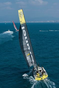 January 27, 2015. MAPFRE and Team Brunel match racing for the fourth place until the finish line in Sanya, after 23 days of sailing. Victor Fraile/Volvo Ocean Race