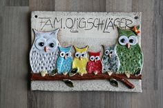 Hello, I have a great door sign here. The elements are built, shaped, and … – Ceramic Ceramic Houses, Ceramic Clay, Owl Door, Slab Ceramics, Pottery Animals, Owl Bird, Slab Pottery, Clay Animals, Door Signs