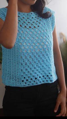 Débardeurs Au Crochet, Crochet Bolero, Crochet Shirt, Crochet Woman, Crochet Basics, Crochet Cardigan, Free Crochet, Crochet Designs, Crochet Patterns