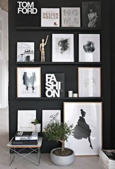 13 Ways to Achieve a Scandinavian Interior Style Black gallery wall styled to perfection by Stylizimo. Check out our 13 simple tips to achieve a Scandinavian interior style, including loads of photos for inspiration >>> Scandinavian Interior Design, Modern Interior Design, Interior Styling, Interior Decorating, Scandinavian Style, Decorating Ideas, Tree Interior, Design Interiors, Decorating Websites