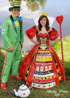 [Duct tape prom outfits - trying to win scholarships for college] 25 of the Worst Prom Photos You Will EVER See - Spikey Duct Tape Projects, Duck Tape Crafts, Prom Outfits, Prom Dresses, Duck Tape Dress, Duct Tape Clothes, Prom Dress Fails, Funny Prom, Queen Of Hearts Costume