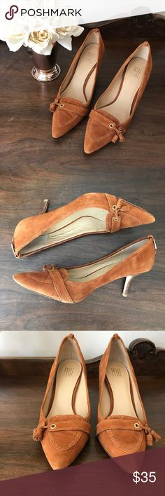 Pelle Moda suede pumps Suede pumps that transition from the office to a dinner date with ease. Beautiful soft suede with leather soles and stacked wood kitten heels. Excellent pre-loved condition with only one dark spot on the bottom of the right tip toe. Pelle Moda Shoes