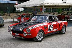 Fiat 124 Spider, Fiat Abarth, Futuristic, Cool Cars, Automobile, Spiders, Bella, Classic, Vehicles