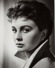 Portrait of Jean Simmons by Ernest A. Bachrach, 1951