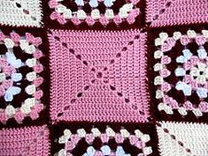 My free granny square pattern is one of my favourite rugs. These type of blanket designs make very striking bedspreads, as shown here.