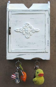 key organizer key hanger key box