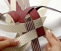 This large star is made from weaving paper strips. It is challenging to make but worth the effort. Creative Crafts, Diy And Crafts, Crafts For Kids, Paper Crafts, Creative Ideas, Paper Christmas Decorations, Christmas Paper, Origami Ball, Origami Paper
