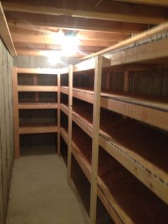 Cold storage room shelves