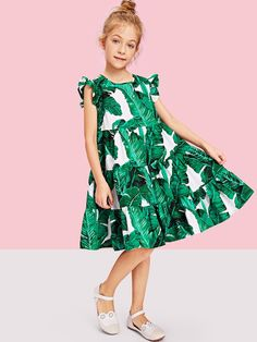 To find out about the Girls Tropical Print Ruffle Hem Dress at SHEIN, part of our latest Girls Dresses ready to shop online today! Dressy Dresses, Dresses For Teens, Little Girl Dresses, Nice Dresses, Girls Dresses, Boys Fall Fashion, Fall Fashion Outfits, Toddler Fashion, Fashion Trends