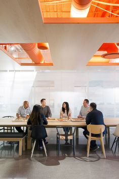 ideas for commercial office lighting ideas san francisco Interior Work, Office Interior Design, Office Ceiling Design, Office Designs, Architecture Restaurant, Interior Architecture, Corporate Interiors, Office Interiors, Commercial Interior Design