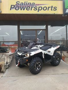 2015 Can Am Outlander 1000 XT in pearl white, special ordered for a client, @ Salina Powersports