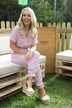 31f251798949c Katie Piper looks chic in candyfloss pink jumpsuit at food festival
