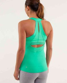 lululemon... love the back to this
