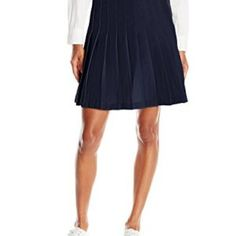 Shop Orla Kiely Navy Pleated Skirt as seen on Duchess of Cambridge. Copy Princess Kate's style with the best repliKate skirts for less! Navy Pleated Skirt, Midi Skirt, Kate Middleton Skirt, Classic Skirts, Skirt Pants, Shorts, Skirt Fashion, Fashion Brands, Topshop