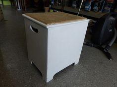 Laundry box, lift up lid ------------- £5 (pc775)