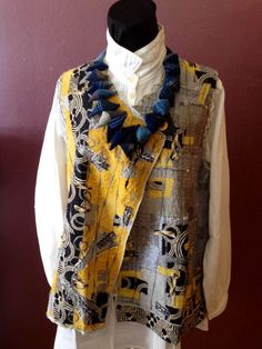 Love the vest. Love the necklace! Santa Fe Weaving Gallery, Women´s Artisan Clothing - FIVE+ EASY PIECES