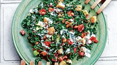 Summer lunches: Six easy and delicious salad recipes From bacon, kale and tomato to watermelon with feta, these recipes are light but filling. Salad Recipes Video, Summer Salad Recipes, Salad Recipes For Dinner, Summer Lunches, Summer Salads, Sandwiches For Lunch, Seasonal Food, Bacon Kale, Easy Meals