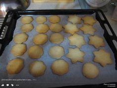 Biscotti senza glutine fatti con pasta frolla