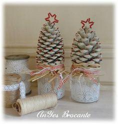 http://www.anyes-brocante.nl/upload/3/b/4/anyes-brocante/brocante-kerstdecoratie.large.jpg