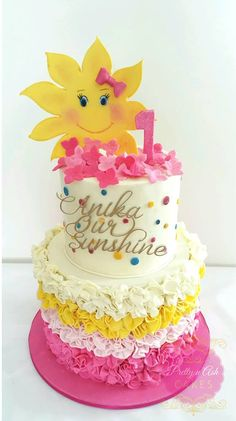 You Are My Sunshine party theme supplies - YellowPartyIdeas Sunshine Birthday Cakes, Baby First Birthday Cake, Sunshine Cake, 1st Birthday Party Themes, Rainbow Birthday, Birthday Ideas, 3rd Birthday, Happy 1st Birthdays, Baby Shower