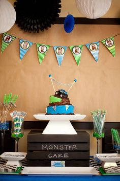monster_truck_birthday_party_dessert_table_844-404-440