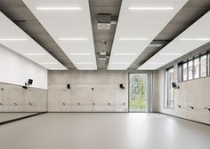 GMP Architekten's ballet facility features industrial materials
