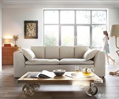 SOFA BESIANA www.delife.eu/lifestyle-produkte/sofas-sessel/sofas/sofa-besiana-250x110-cm-sandfarben-couch-hussensofa-mit-kissen/a-6254/?campaign=smm%2FPinterest