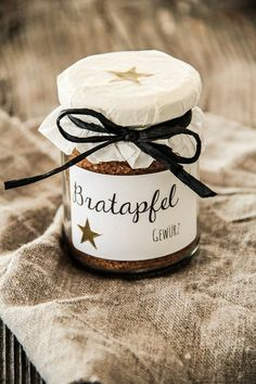 Advent, Advent … 〖Bratapfelgewürz〗 - My Weihnachten Roasted Apples, Roasted Meat, Spiced Apples, Baked Apples, Xmas Gifts, Diy Gifts, Advent Season, Spice Cupcakes, Christmas Mood
