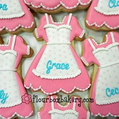 Adorable apron cookies for a baking themed birthday party!