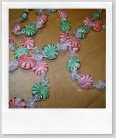 Christmas Candy Garland.. I've got to do this for my tree in the breakfast room!