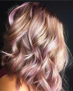 6 Great Balayage Short Hair Looks – Stylish Hairstyles Gold Hair, Pink Hair, Hair Color And Cut, Hair Today, Hair Highlights, Pretty Hairstyles, Wavy Hairstyles, Hair Dos, Hair Inspiration